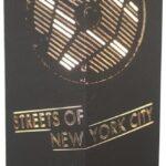 W-Lamp New York and More Lampada Manholes Stripes, Carta, Nero