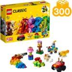 LEGO 11002 Set di Mattoncini di Base, 300 Pezzi per Creare e dar Vita alla tua Fantasia, Fai partire la tua Immaginazione con 3 Livelli di Complessità; idea Regalo per Bambini dai 4 Anni di LEGO